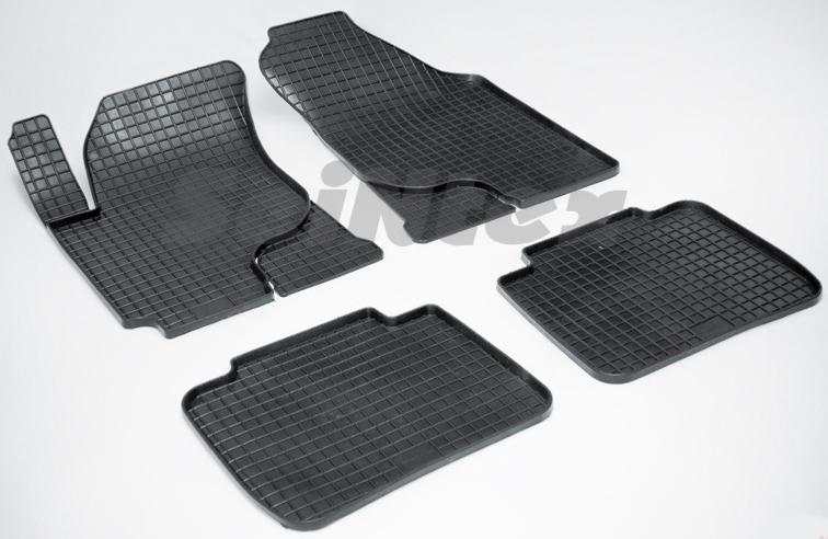 SeinTex 00125 для Kia Cerato (2004-2009)KIA<br>типа сетка - изготовление из специальной резины, не имеют запаха, идеальное повторение контуров салона, морозостойкость, гарантия - 3 года. На данные коврики нанесен узор сетка, который помогает удерживать пыль, грязь, воду. Коврики выполнены из высококачественных материалов, которые обеспечивают высокую износостойкость и долговечность аксессуаров. Содержание синтетического каучука равно 40 процентам, а остальные 60 - это специальные добавки, предназначенные для повышения прочности, эластичности и устойчивости к внешним воздействиям. Использование специальных импортных компонентов позволило избежать наличия неприятного запаха. Материал, из которого изготовлены аксессуары, имеет неоспоримые преимущества перед полиуретаном, который является более бюджетным материалом и резиной, имеющей неприятный запах. Коврики предельно просты в эксплуатации и уходе. Специальный дизайн ковриков позволяет им идеально подходить под контуры пола автомобиля.<br>