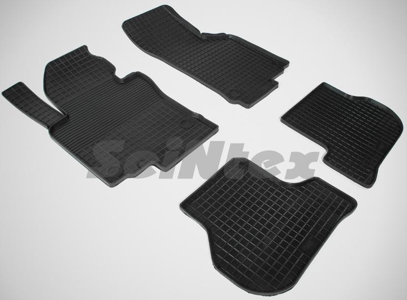 SeinTex 00468 для Volkswagen Golf V, Golf VI, JeVolkswagen<br>tta 2003-н.в., Skoda Octavia A5 2010-н.в. типа сетка - изготовление из специальной резины, не имеют запаха, идеальное повторение контуров салона, морозостойкость, гарантия - 3 года. На данные коврики нанесен узор сетка, который помогает удерживать пыль, грязь, воду. Коврики выполнены из высококачественных материалов, которые обеспечивают высокую износостойкость и долговечность аксессуаров. Содержание синтетического каучука равно 40 процентам, а остальные 60 - это специальные добавки, предназначенные для повышения прочности, эластичности и устойчивости к внешним воздействиям. Использование специальных импортных компонентов позволило избежать наличия неприятного запаха. Материал, из которого изготовлены аксессуары, имеет неоспоримые преимущества перед полиуретаном, который является более бюджетным материалом и резиной, имеющей неприятный запах. Коврики предельно просты в эксплуатации и уходе. Специальный дизайн ковриков позволяет им идеально подходить под контуры пола автомобиля.<br>