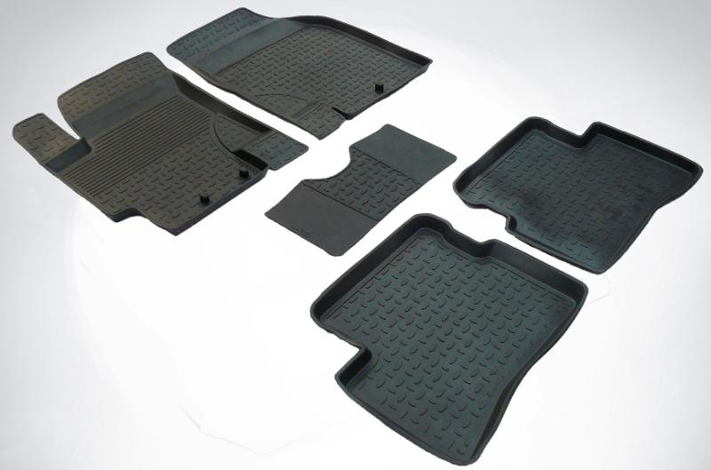 SeinTex 82207 для Kia Rio II (2005-2011)KIA<br>с высоким бортом - изготовление из специальной резины, не имеют запаха, шипы для надежной фиксации, идеальное повторение контуров салона, морозостойкость, гарантия - 3 года. Рассматриваемые нами коврики оснащены высоким бортом, благодаря чему способны удерживать большое количество влаги и загрязнений, не позволяя ей распространяться по напольному покрытию. Отличительная особенность ковриков Seintex - это изготовление из высококачественных материалов, которые отличаются высокой износостойкостью, эластичностью. Кроме этого, данные коврики не имеют запаха и безопасны для аллергиков. Отличное сцепление с поверхностью обеспечивают шипы, расположенные на обратной стороне автоковриков. Высокое качество продукции и уверенность в долгой службе аксессуара компания-производитель подтверждает 3-летней гарантией.<br>