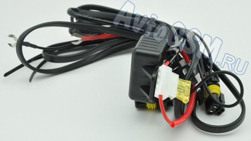 EGO Light 2.5 v2Линзованные модули<br>для фар с цоколем H4, H7 - работа в режиме дальнего и ближнего света, четкая светотеневая граница, диаметр линзы - 2.5 дюйма. Комплект модулей Egolight 2.5 v2 предназначен для установки на автомобили, имеющие фары с цоколем H7 или H4. Представленное оборудование совместимо с ксеноновыми лампами, которые имеют цоколь H1 (лампы в комплект не входят).<br>