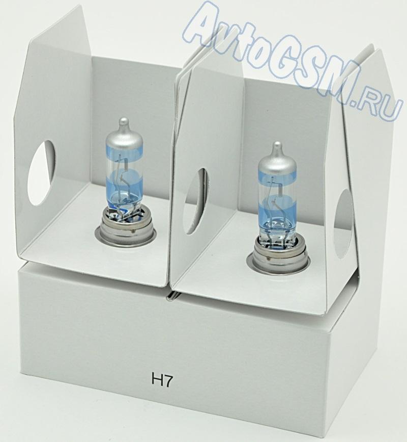 PIAA HE-823H7<br>- производство Германия, увеличенная яркость освещения, на 10 процентов более белый свет, до 35 м больше длина светового пучка. Колба данных ламп изготовлена из сверхпрочного кварцевого стекла. Сборка отличается особым качеством и осуществляется в заводских  условиях на территории Германии. Лампы излучают свечение цветовой температуры 3600K, а длина светового луча превышает аналогичный  показатель стандартных галогенных источников света на расстояние до 35 м. При стандартной мощности (55W) светоотдача ламп в два раза  выше.<br>